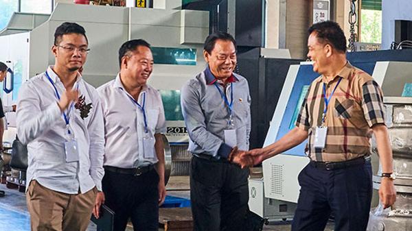 温州泵阀工业协会四届六次理事会在浙江石化阀门总部成功举行